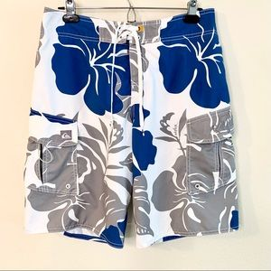 Quiksilver White/Gray/Blue FloralSwim Trunks